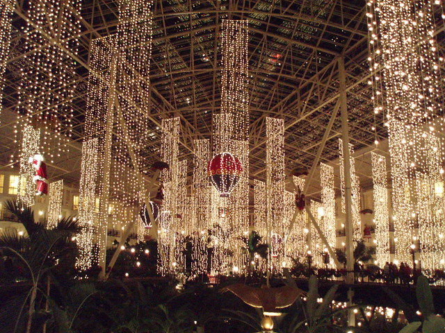 ... Opryland Hotel Christmas Lights | by i-nyc301 - Opryland Hotel Christmas Lights Mie Uchida Flickr