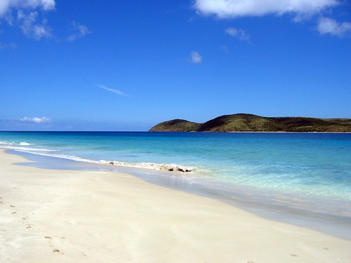 Zoni beach - to the north - Culebra | by bvincent