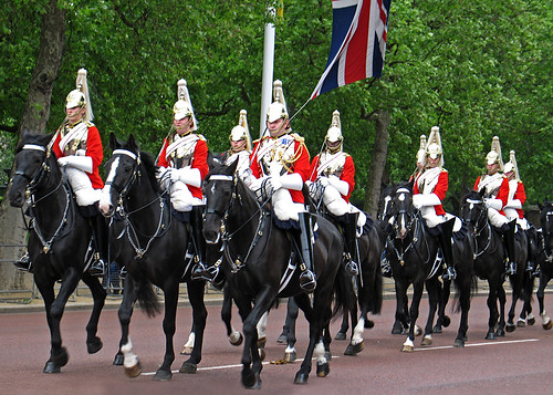 Changing of the guards- Buckingham Palace | Horse guards ...  Changing of the...