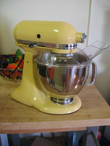 0506 Majestic yellow Kitchenaid  lolitacrushed  Flickr -> Kitchenaid Yellow