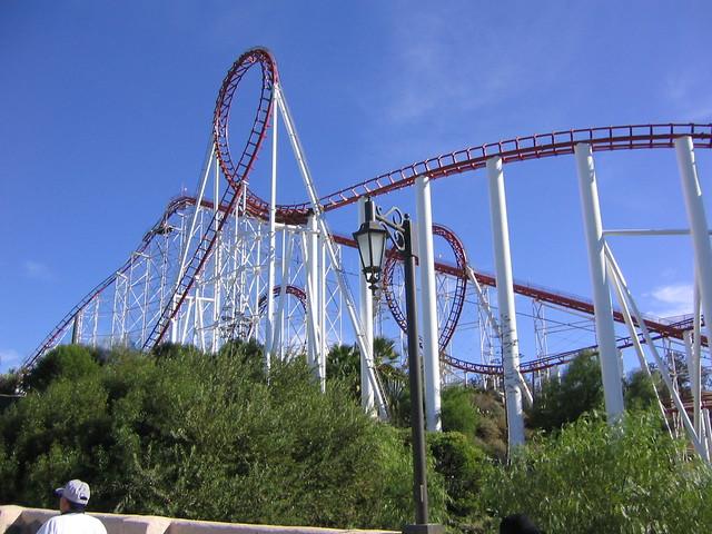 Viper @ Six Flags Magic Mountain   Flickr - Photo Sharing!