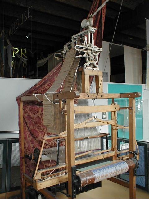 Jacquard Loom 1/6 | A Jacquard Loom, invented 1801, consider ...