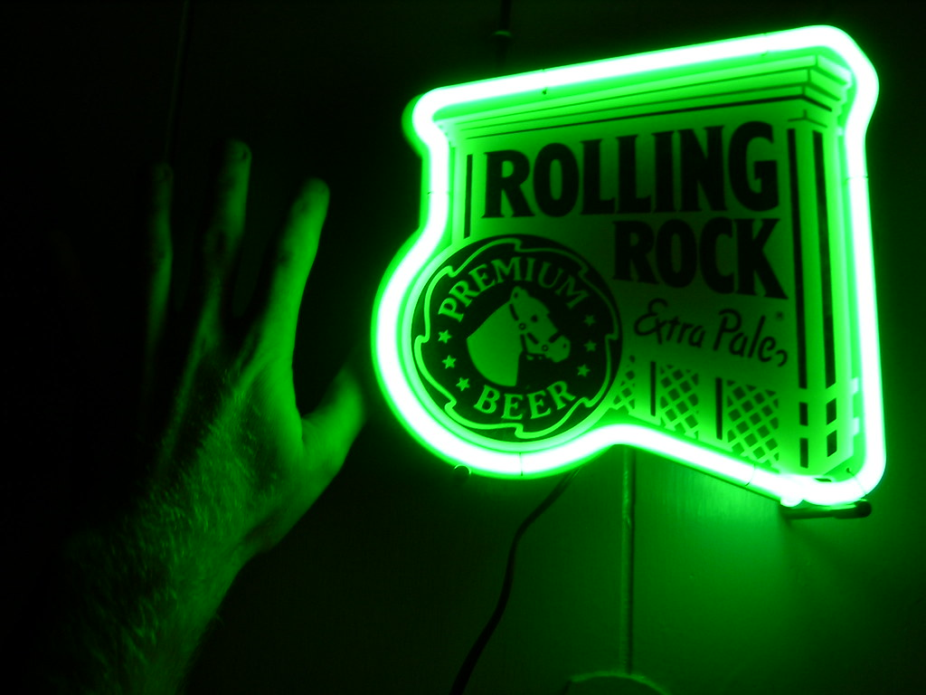 Rolling Rock Neon | Look how TINY this neon sign is!!!! To
