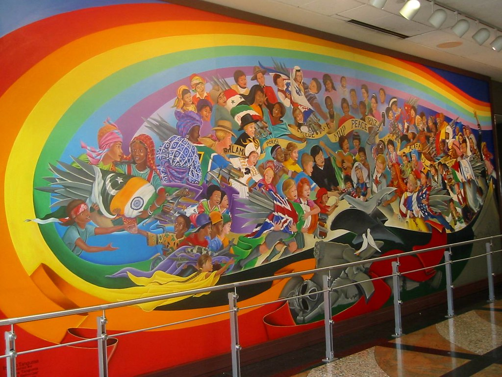 Leo tanguma the children of the world dream of peace den for Dia mural artist