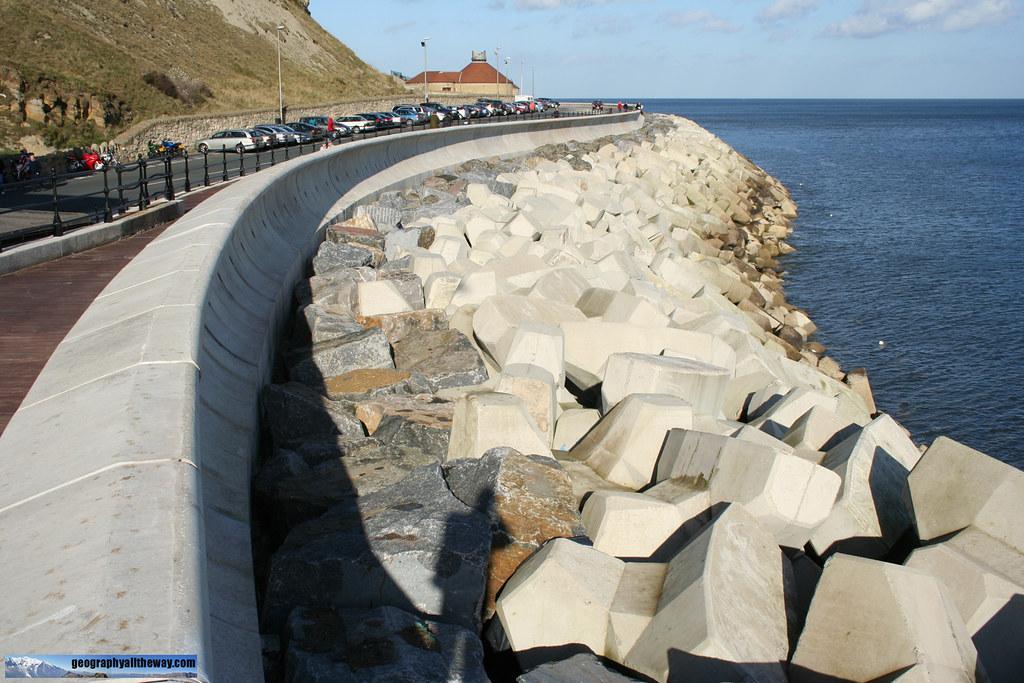 Marine Drive - Sea Wall, Rip-Rap and Accropodes ...
