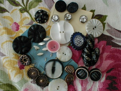 More vintage buttons! | by littlethings1