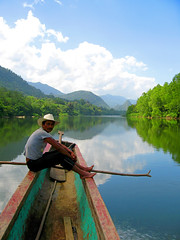 La Mosquitia - Cruising on the Rio Patuca | by extremeboh