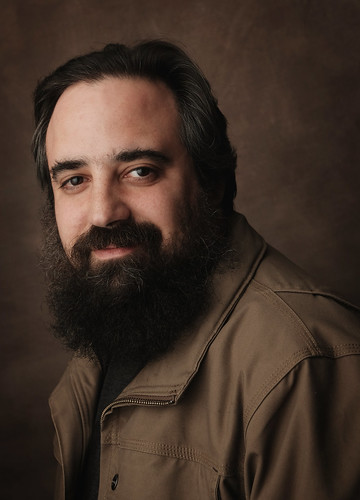 Moishe Appelbaum of Midwest Photo Exchange | by strobist