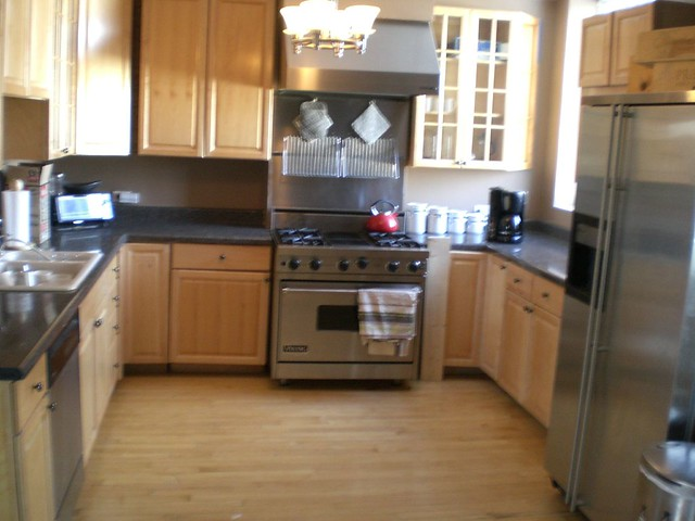 High end cabinets high end appliances junk kitchen - High end kitchen appliances ...