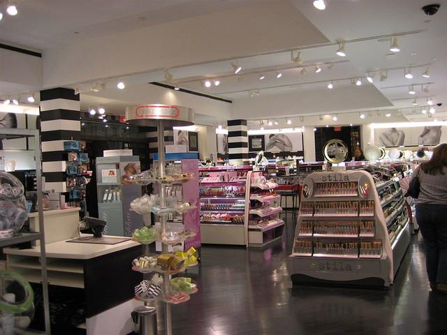 Interior shot of Sephora in Vegas | Nodame | Flickr
