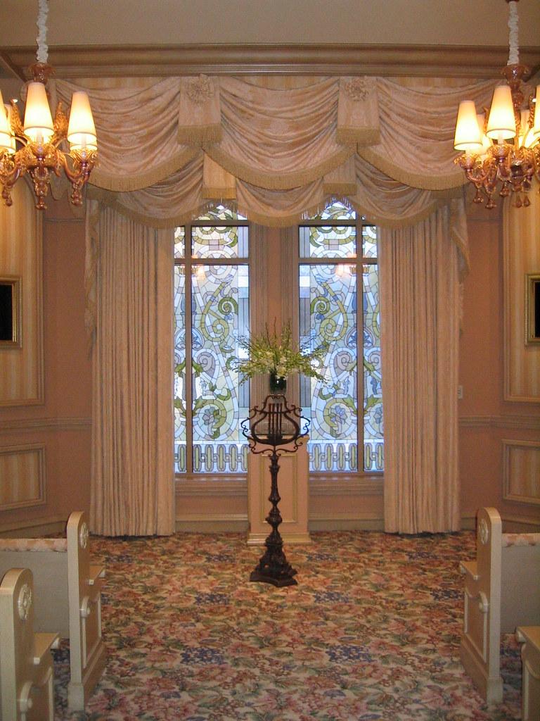 Bellagio Wedding Chapel The East Chapel Alter Flickr