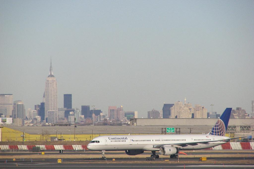Newark Airport View To Manhattan Tpcom Flickr