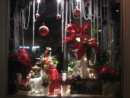 Christmas storefront keirstead 39 s flower shop on for Store window decorations