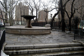 NYC - LES - Seward Park: Schiff Fountain | by wallyg