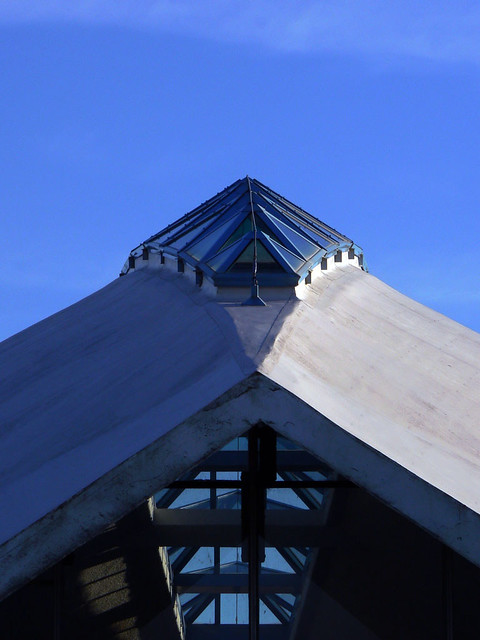 The roof of the olympic swimming pool of deauville le to - Piscine olympique deauville ...