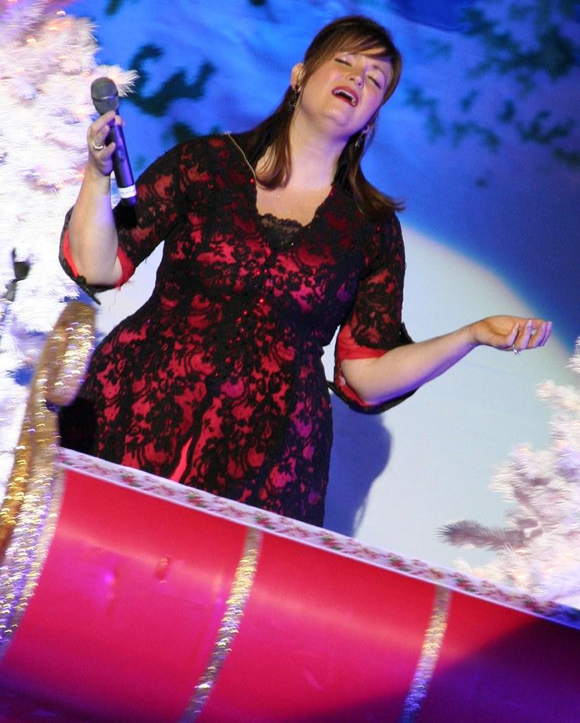 Heather Payne Point Of Grace S Winter Wonderland Tour