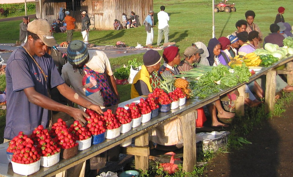 Free And For Sale >> Strawberries for Sale in Ukarumpa | Strawberries and other
