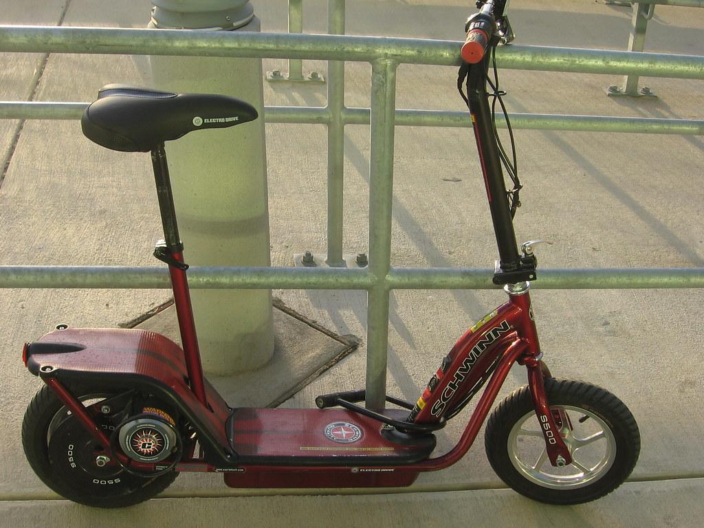 Schwinn electric scooter iirraa flickr schwinn electric scooter by iirraa schwinn electric scooter by iirraa sciox Choice Image
