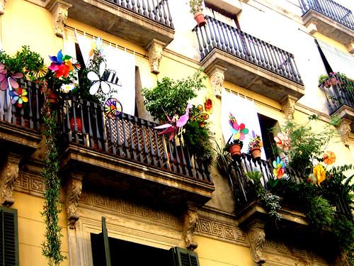 Balcones c ferran paseando por la calle ferran hasta - Calle princesa barcelona ...