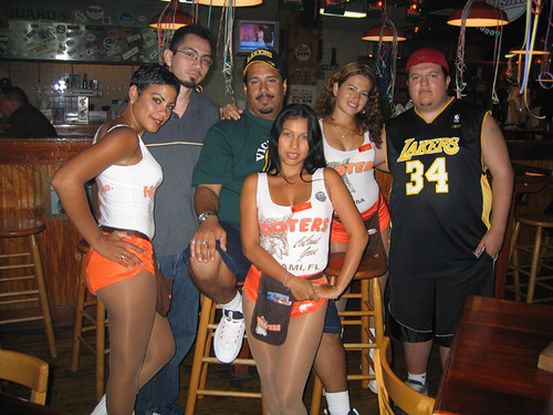 Hooters In Aruba Even In Aruba We Found A Hooters