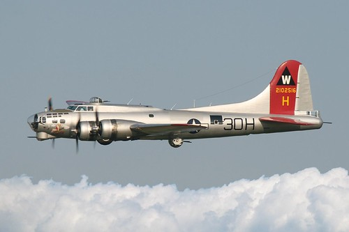 Boeing B 17g Flying Fortress Quot Aluminum Overcast Quot In Flight
