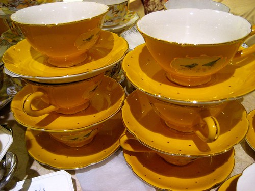 Pretty yellow teacups at Anthropologie (San Jose) | by yaznotjaz