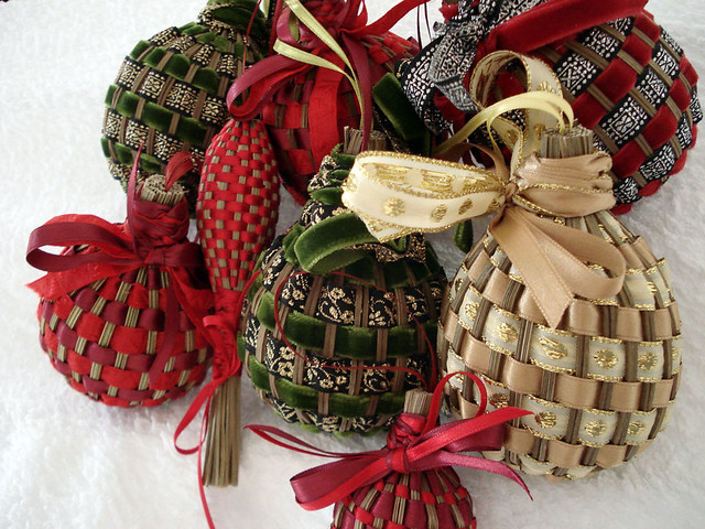 Lavender stalk christmas ornaments from france the lavende flickr - Decorazioni natalizie fatte a mano per bambini ...