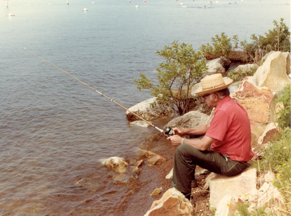 Pop fishing at lake o 39 the pines gary grogan flickr for Lake of the pines fishing report