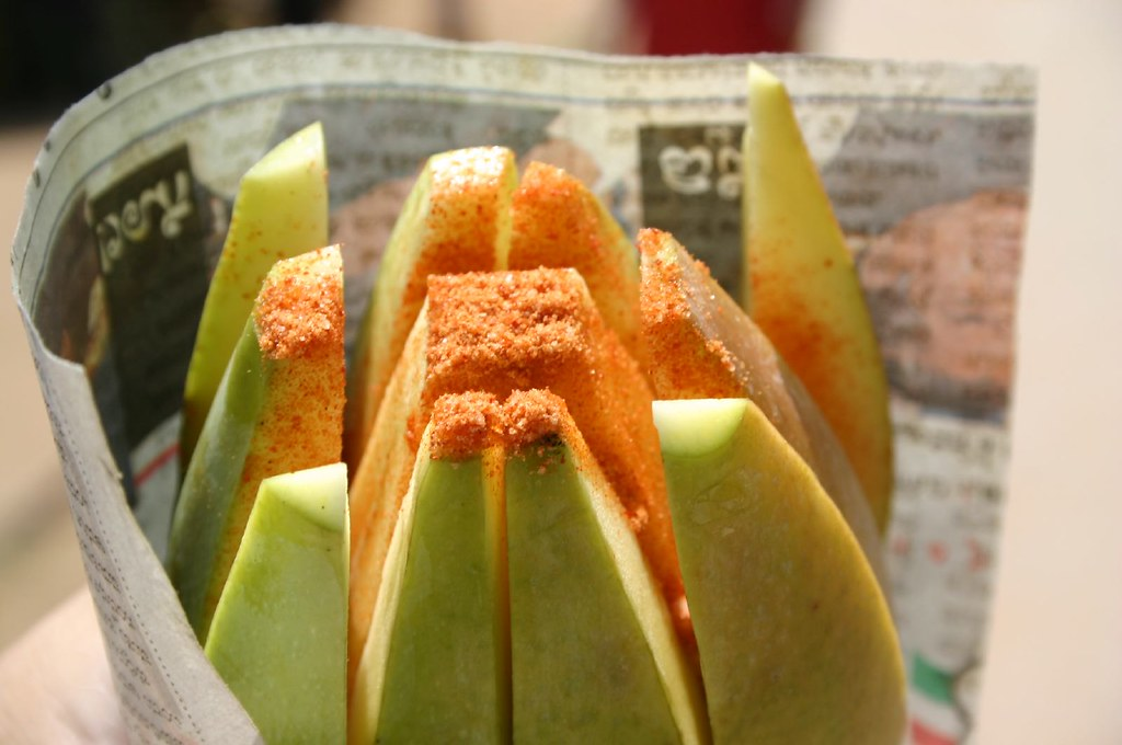 Weird food combinations: mango and red chili