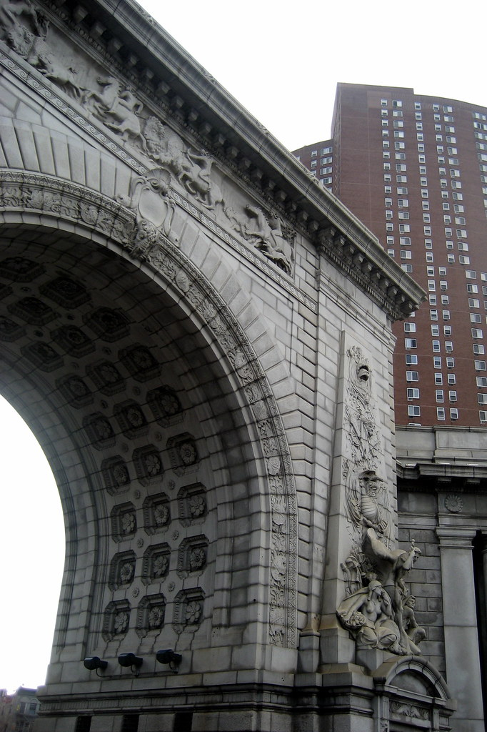 Nyc Chinatown Manhattan Bridge Arch New York S First
