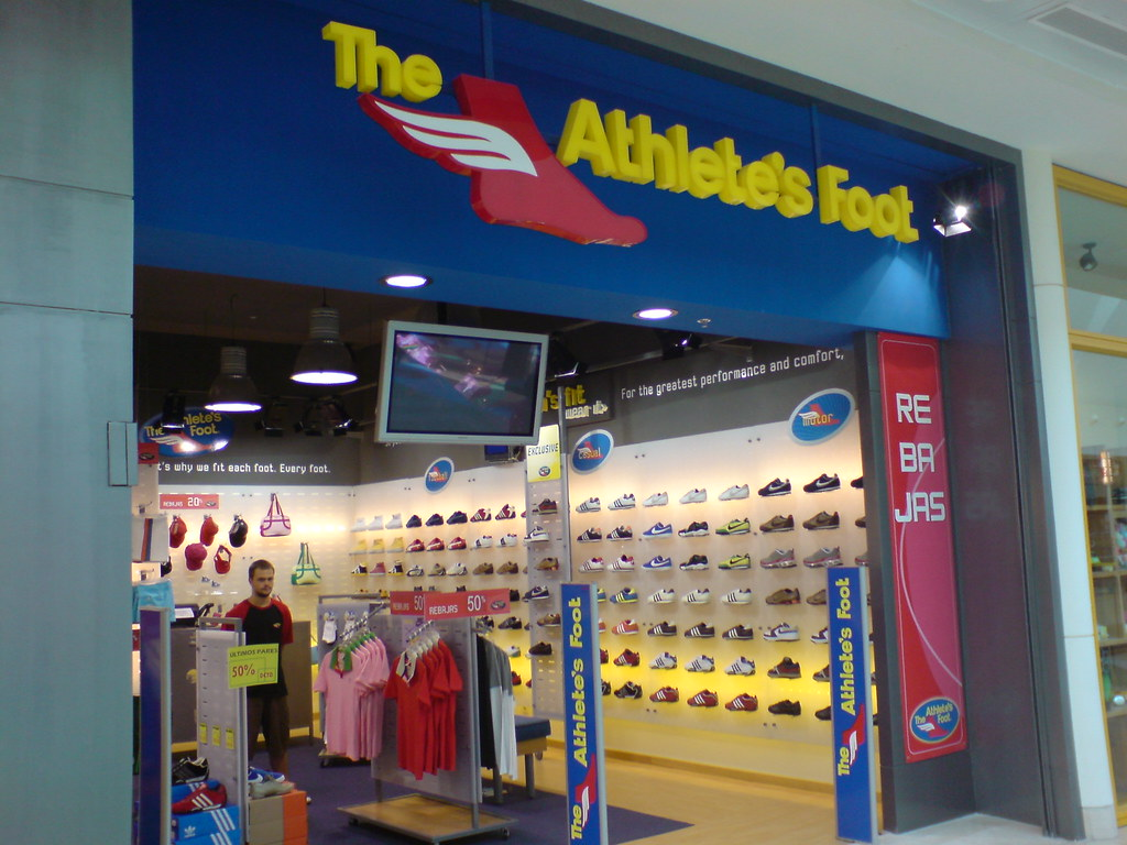 Shoe Store In Capitola Mall