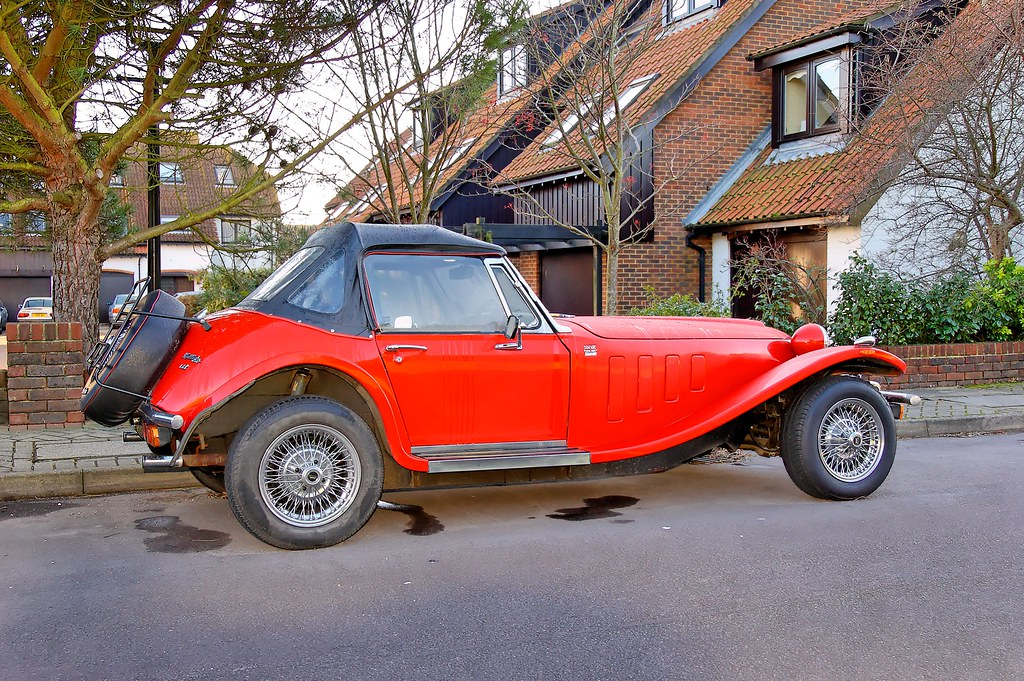 Car With Road >> Old 1989 British Panther Kallista Kit Car | Just parked on t… | Flickr