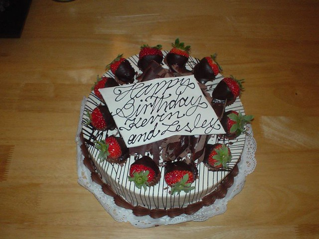 Birthday Cake Images With Name Kevin : Happy Birthday Kevin and Lesley (says the cake) We ...