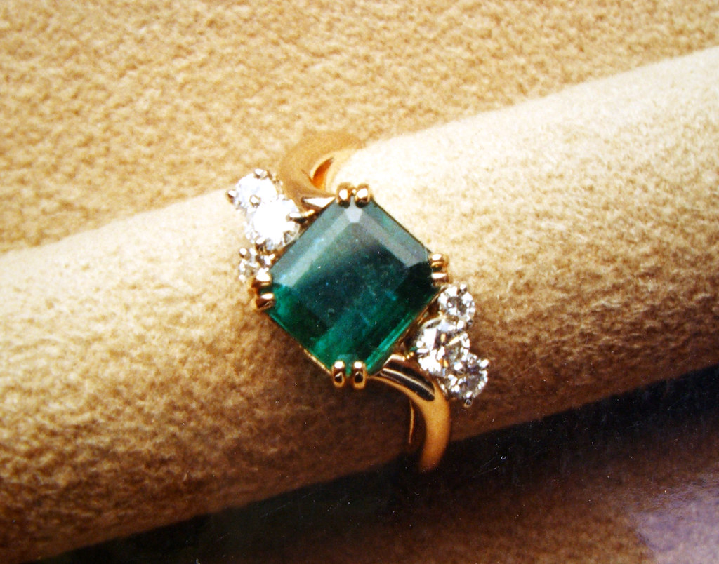 Yellow Emerald Engagement Rings