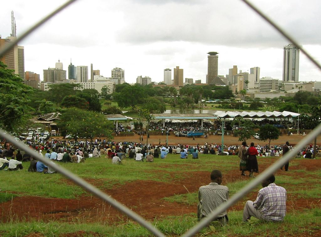 Nairobi Skyline Hinter Uhuru Park
