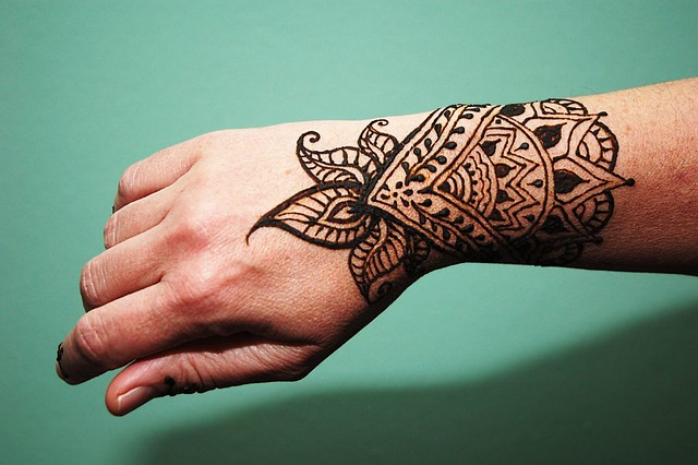 Henna Style Tattoo Wrist: Henna Wrist And Green Wall