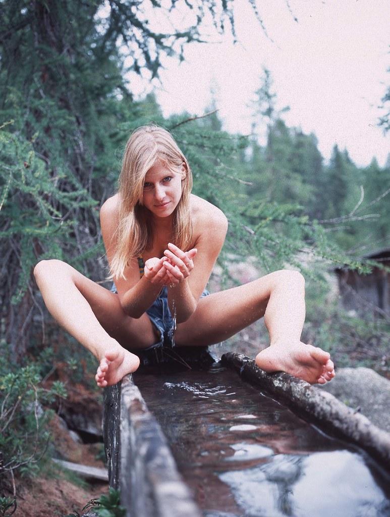 Sexy Trekker  Mineral Water Wwwfotobernardiit -8833