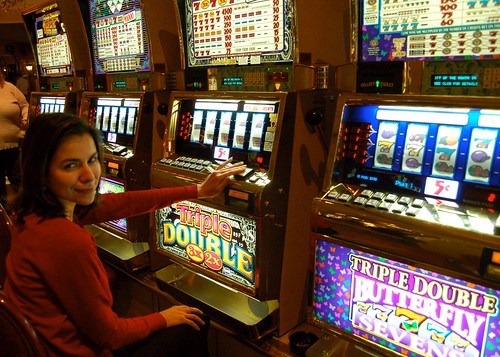 Samantha on the slots | by iotae