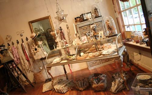"Garrison >> inside ""Theatre of Dreams"", Wendy Addison's shop | pam ..."