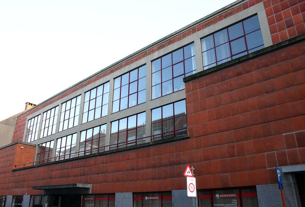 Tweebronnen leuven het gebouw van de leuvense stadsbiblio flickr - Eigentijds gebouw ...