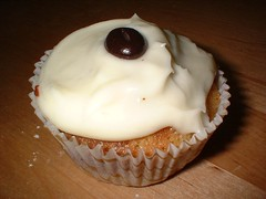 Nigella's Night and Day Cupcake (with a twist) | by jaffolk