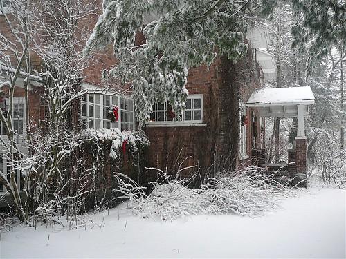 white house quebec canada maison blanche de noel flickr. Black Bedroom Furniture Sets. Home Design Ideas