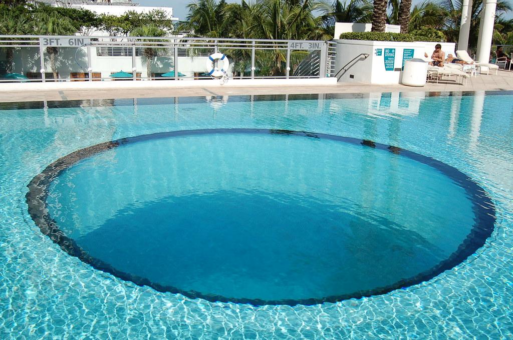 Glass Bottom Pool Miamiwice Flickr