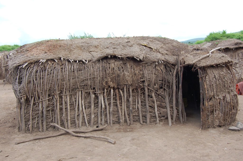 maasai house | Dongyi Liu | Flickr
