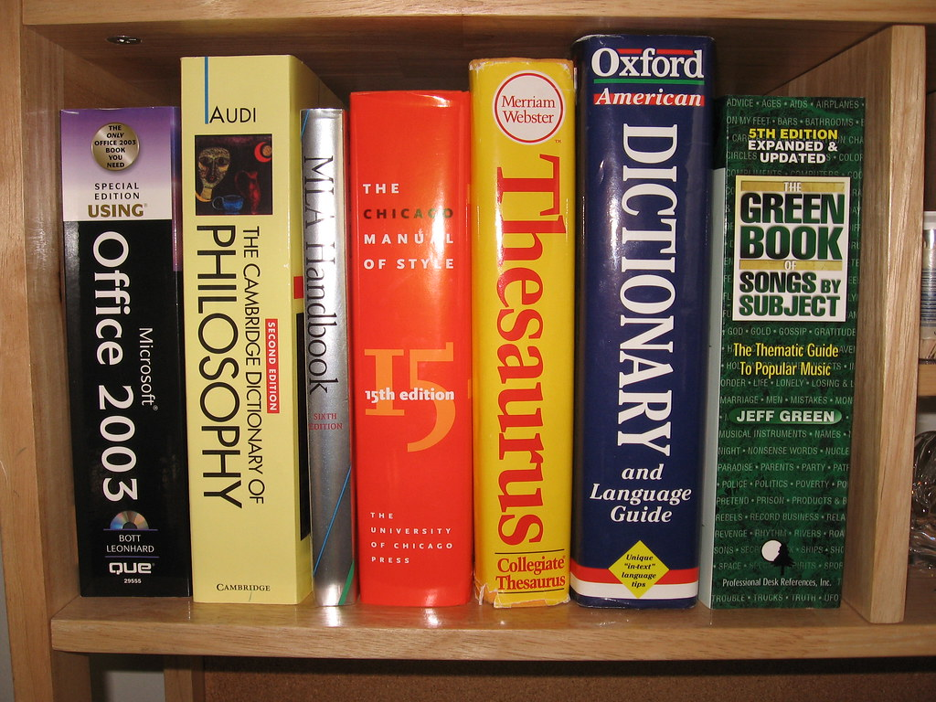 Reference books, leftside | Reference books at hand | Flickr