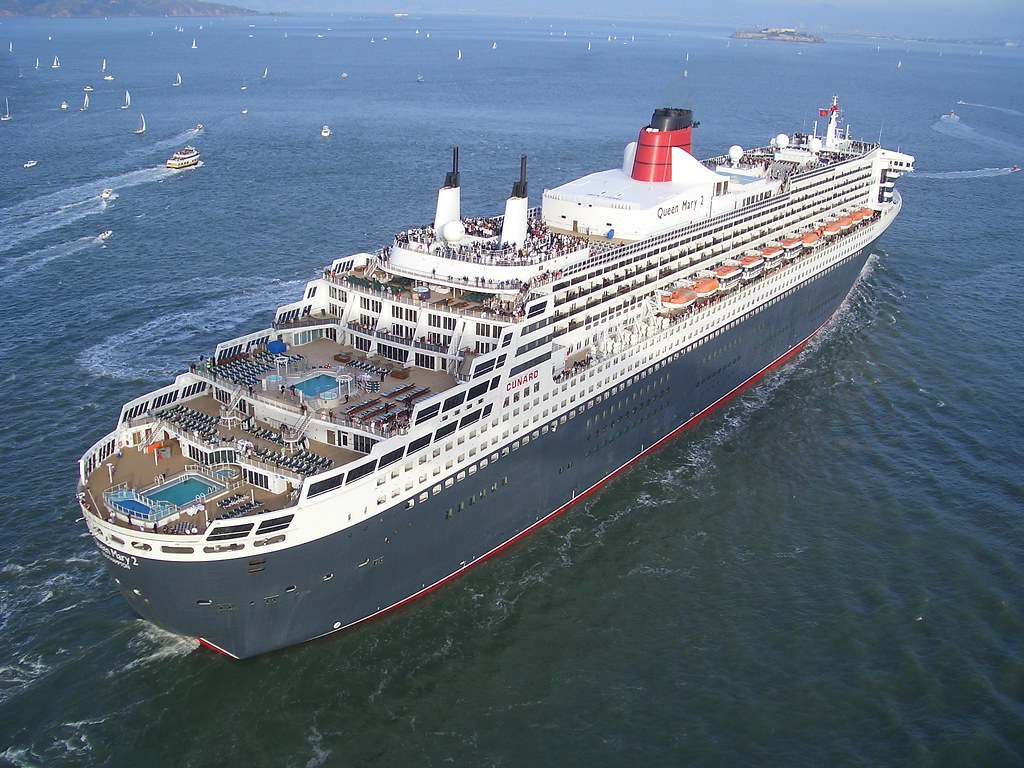 Rms Queen Mary 2 Arrives In San Francisco Photo By