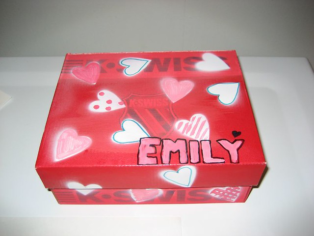 Box for valentines | by marytsao Box for valentines | by marytsao & Box for valentines | Start with shoe box paint red spray pu2026 | Flickr