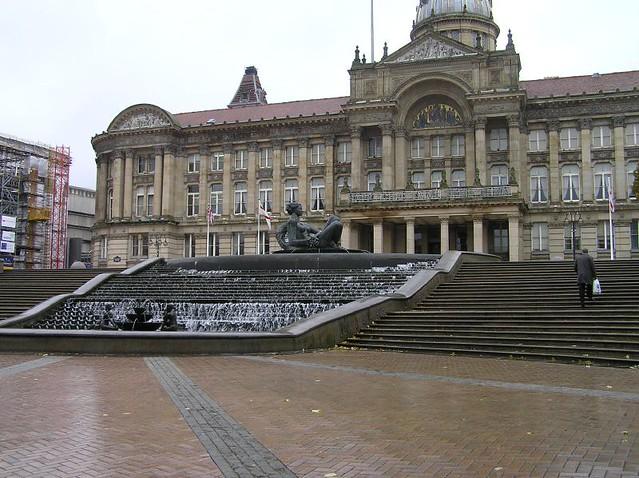 Victoria Square Birmingham  Birmingham Town Hall And