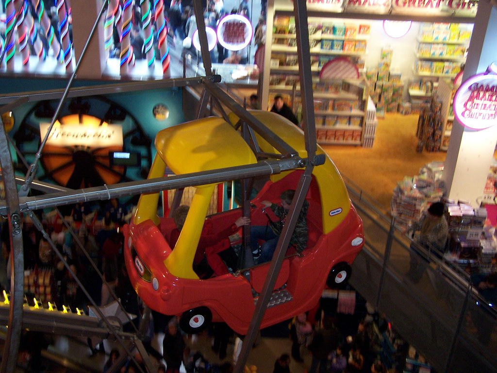 The little Tikes car on the ferris wheel at the toys'r'us ...
