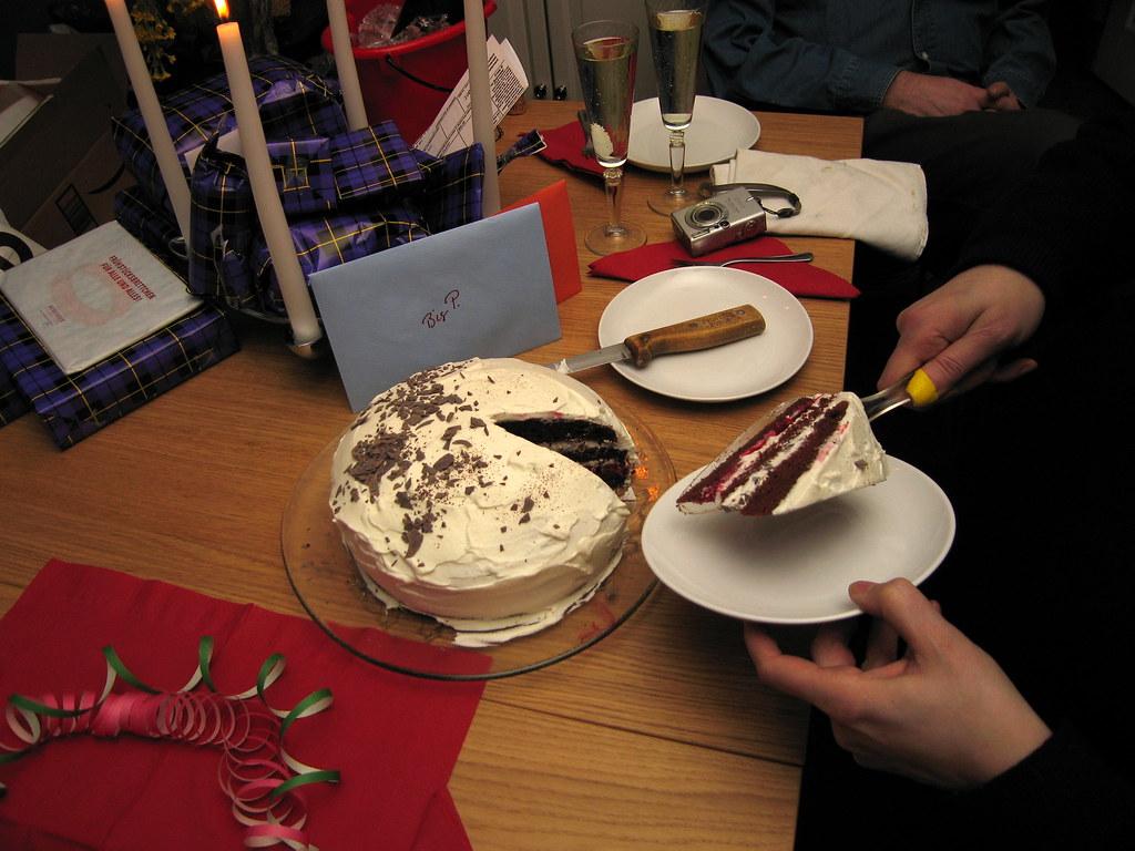 Serving Cake In Cupcake Holders